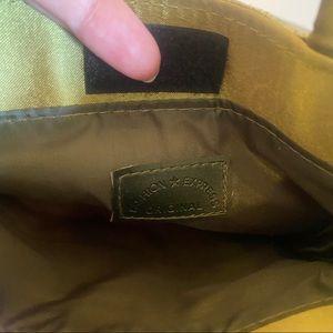 Vintage Bags - Small VTG green velvet embroidered bag